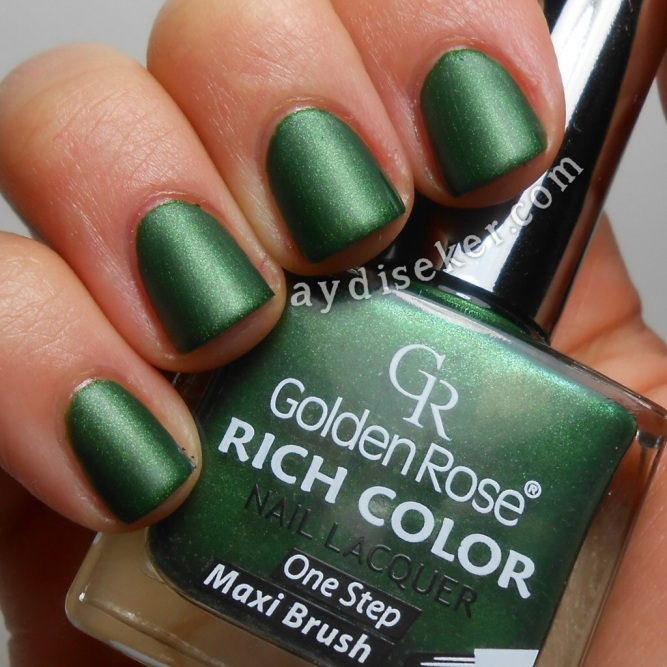 yeşil oje, green polish, koyu yeşil oje, dark green polish, Golden Rose Matte Top Coat