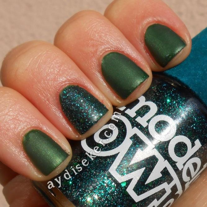 yeşil oje, green polish, simli koyu yeşil oje, dark green glitter polish