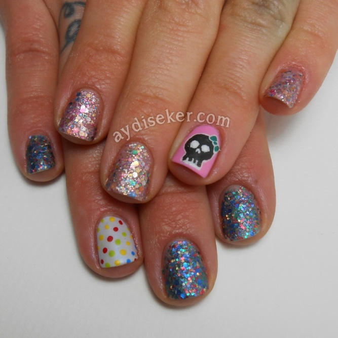skull nail art, dotticure, golden rose rich colour 46, golden rose rich colour 101, polka dots, simli oje, glitter bomb polish