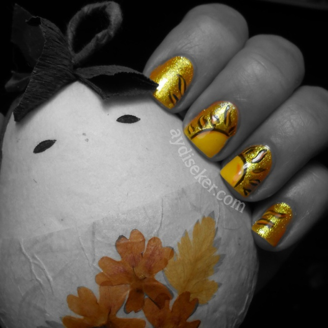 sarı oje, simli sarı oje, yellow polish, yellow glitter polish, colour club daisy does it