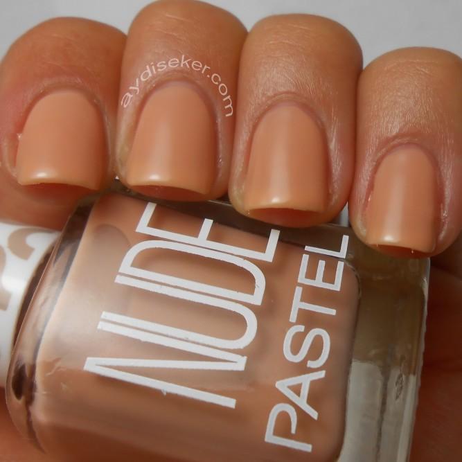 pastel nude naked